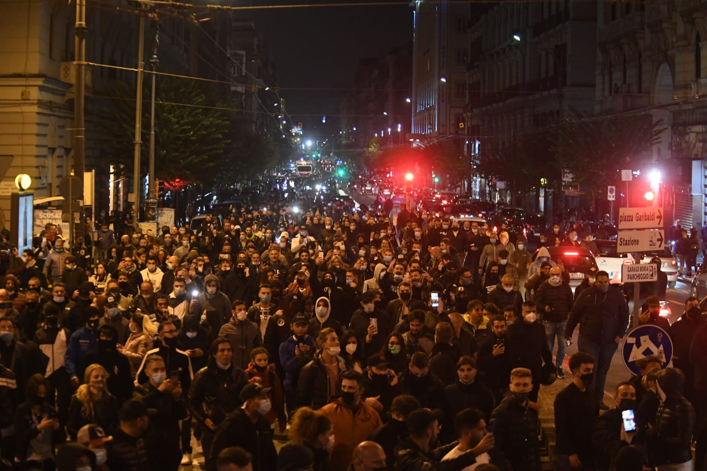 Proteste e scontri Napoli